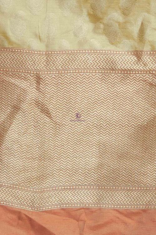 Handloom Banarasi Pure Katan Silk Dupatta in Gold 5