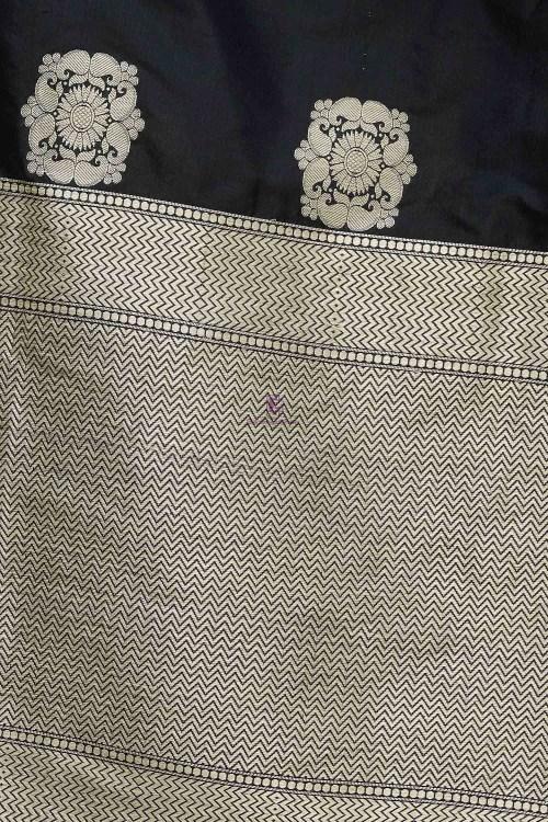 Handloom Banarasi Pure Katan Silk Dupatta in Black 5