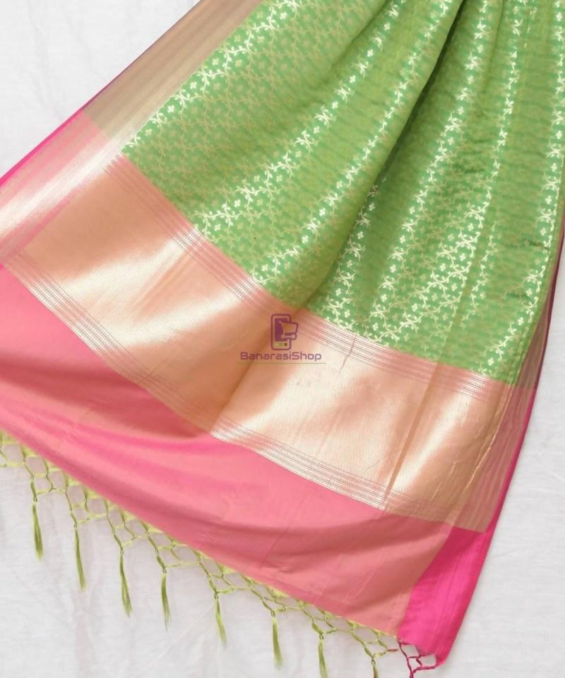 Woven Banarasi Art Silk Dupatta in Green 1