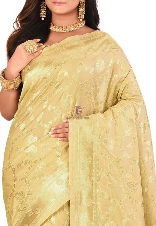 Banarasi Saree in Beige 5