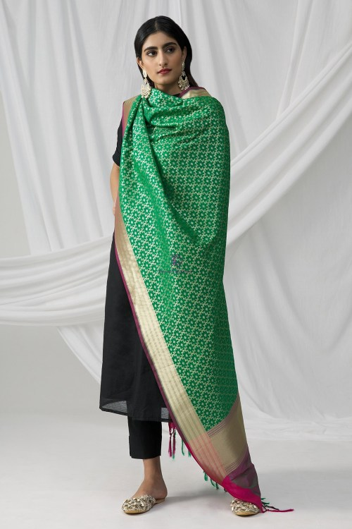 Woven Banarasi Art Silk Dupatta in Green 6