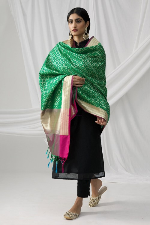 Woven Banarasi Art Silk Dupatta in Green 7
