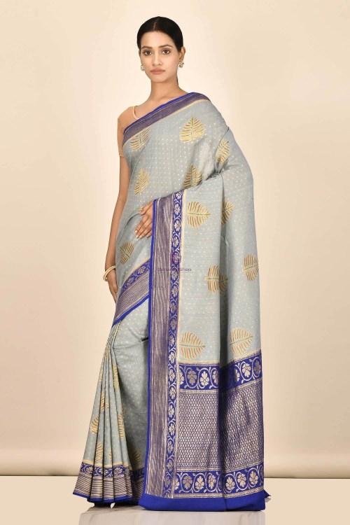 Handloom Hand Painted Banarasi Munga Silk Saree with Running Blouse Fabric 5