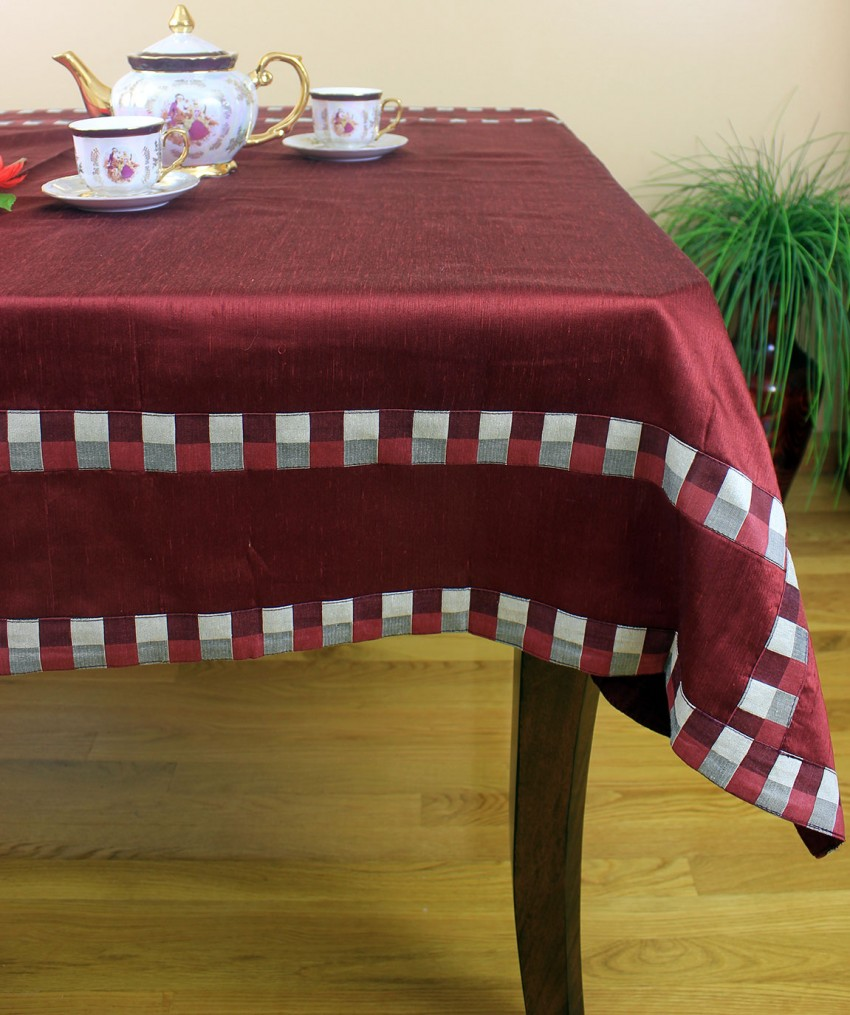 Modern Squares Rectangular Tablecloth 52 x 70  Banarsi