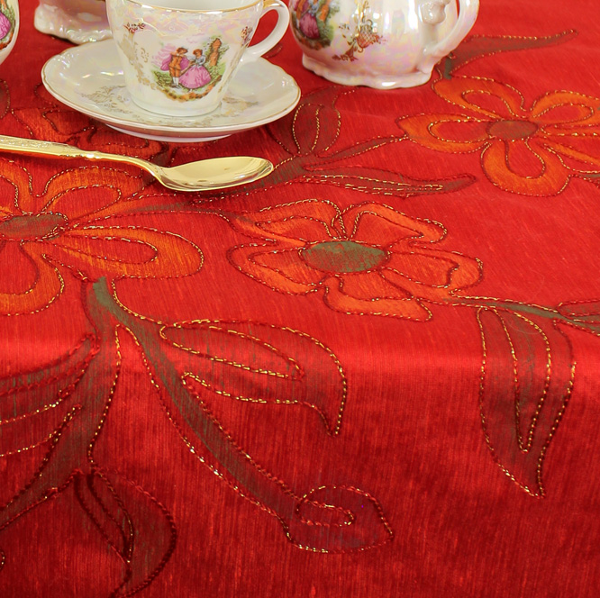 hp-square-tablecloth-scarletred-2