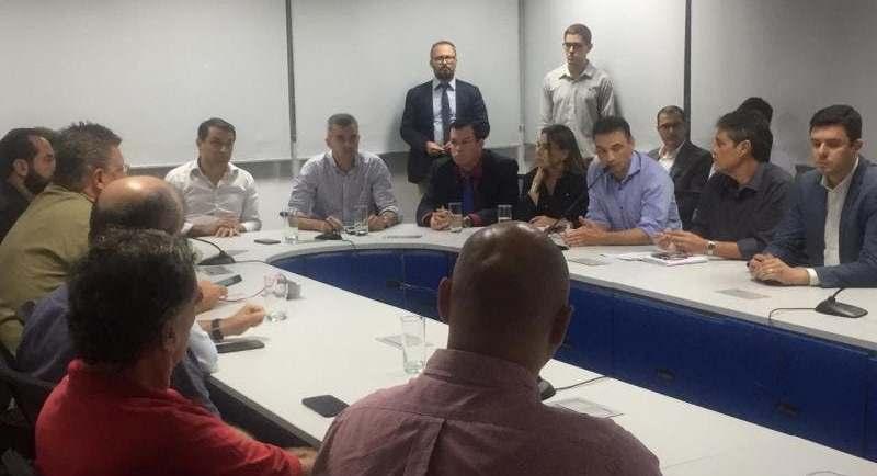 reunião decreto situação de emergência em SC NSC Total.jpeg