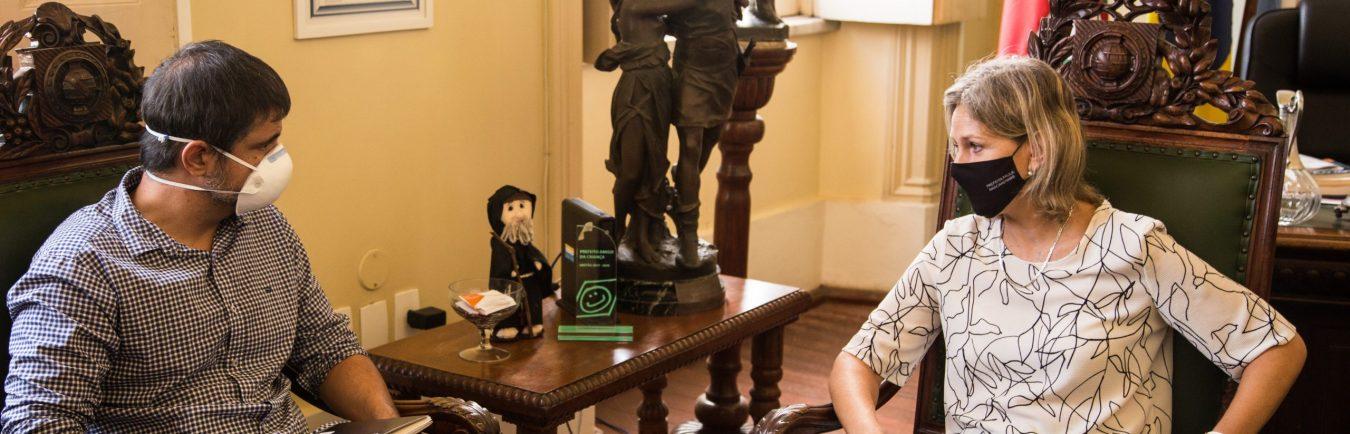 05.04.2021 – Prefeita Paula Mascarenhas em reunião com os vereadores Marcola e Jurandir – Foto: Gustavo Vara