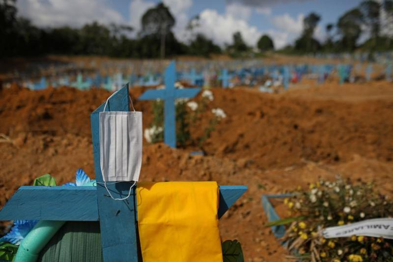 Exclusiva: Esquema de propina que permite burlar decreto que proíbe a circulação de pessoas em cemitérios