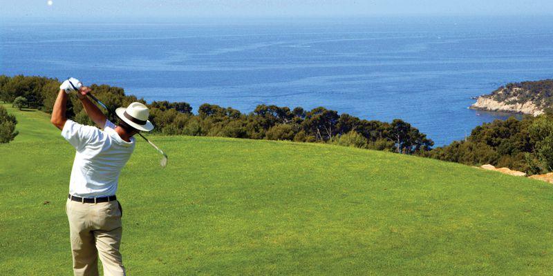 pave_golf_fregate_menu_a_decouvrir_0