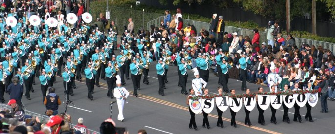 Rose_Parade_with_banner