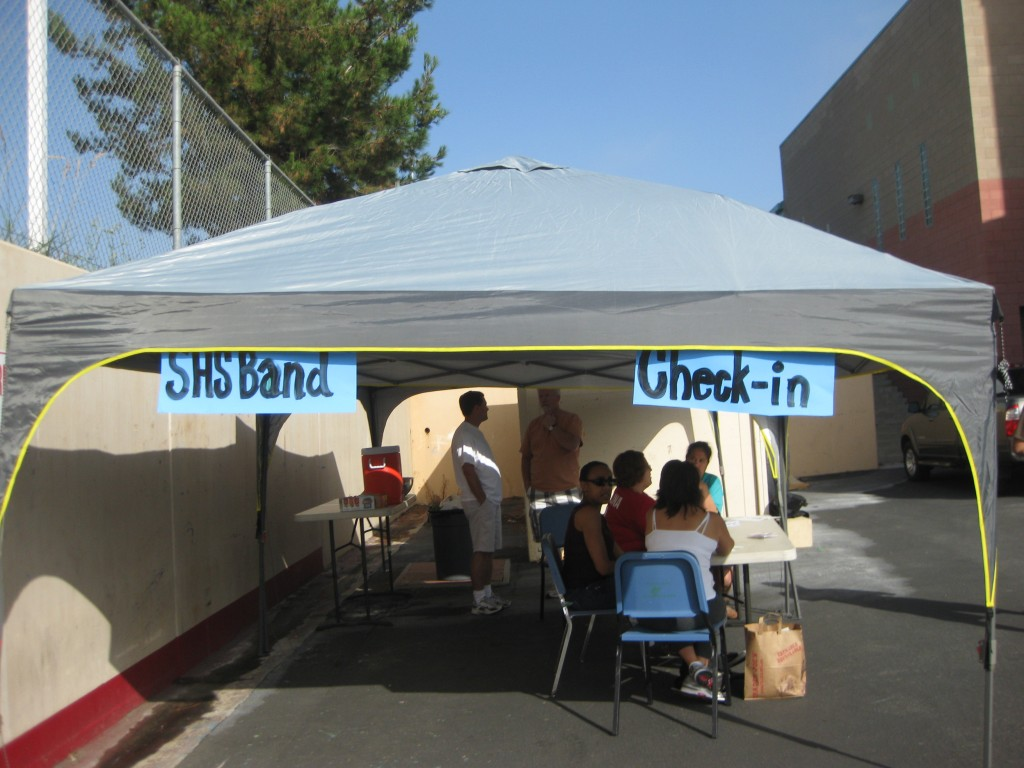 Santiago volunteers get ready for Band Camp