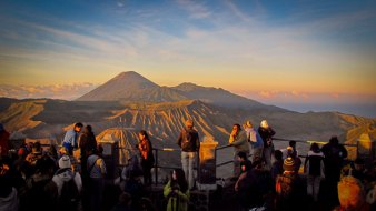 bromo-blueflame-tour