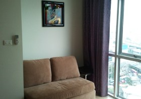 Chewathai Ratchaprarop Bangkok – Ratchathewi apartment for rent | 800 m. to Victory Monument BTS, steps to public park and shops