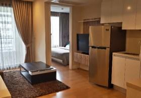 Collezio Sathorn Pipat – Bangkok condo for rent   400 m. to Chong Nonsi BTS   900 m. to Saladaeng BTS/Silom MRT