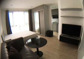 Ideo Wutthakat – Bangkok condo for rent | 110 m. to Wutthakat BTS | short walk to eateries and 7/11 convenience store