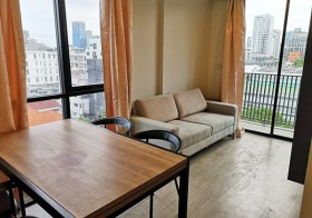 Maestro 02 Ruamrudee – Bangkok condo for rent | shuttle service to Ploenchit BTS | corner unit + open view | gym, pool, sauna