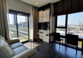 The Line Asoke Ratchada condo   300 m. to Rama 9 MRT   open city view   corner unit   5 mins walk to Fortune Town & Central plaza