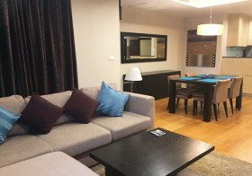 Sathorn Gardens condo | 800 m. to Lumphini MRT | 900-1.2 km. to Saladaeng-Chongnonsi BTS |  fitted kitchen, bathtub, washer/dryer
