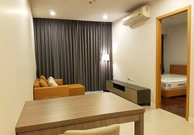 The Circle Asoke Petchburi condo | shuttle service to Nana BTS & Phetchaburi MRT | fitted kitchen + washing machine