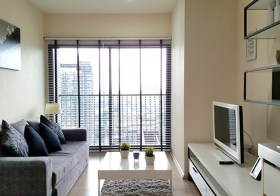 Noble Remix Sukhumvit 36 condo | close to Thonglor BTS | washer + bathtub + unobstructed view | gym, pool, shops onsite