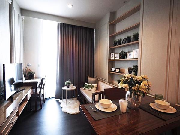 Edge Sukhumvit 23 (เอดจ์ สุขุมวิท 23) คอนโดให้เช่า – Bangkok condo for rent | 200-300 m. to Sukhumvit MRT/Asoke BTS (อโศก) | open view, fully furnished with washer, king size bed