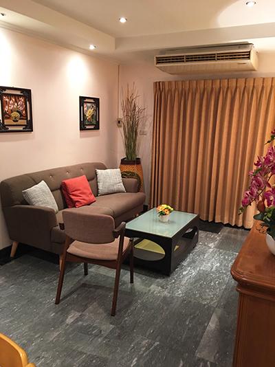 Prasanmit Sukhumvit 23 – Bangkok condo for rent | 5 mins walk to Asok BTS (Asoke อโศก) / Sukhumvit MRT (สุขุมวิท) | 50 m. to Interchange 21 tower