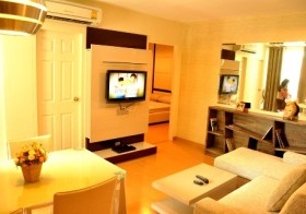 Life@Sukhumvit 67 – Bangkok apartment for rent, near Phra Khanong BTS, 35K