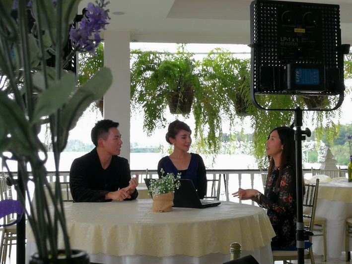 Matchmaker/Dating Coach/Founder of Bangkok Matching gave interview to TV Program: Kum Phee Vi Thi Ruay, Channel 9
