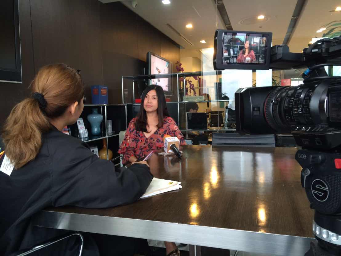 Thai Dating Coach/Matchmaker of Bangkok Matching Matchmaking/Dating Service gave interview to Amarin TV