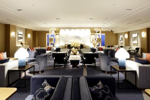 "Keio Plaza Hotel Tokyo เปิด ""Premier Grand"" ค  ลับฟลอส์"