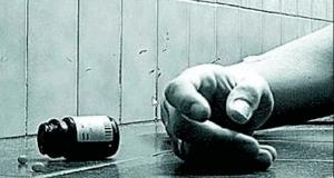 ওষুধ খেয়ে আত্মহত্যার চেষ্টা বা হঠাৎ কেউ বিষপান করলে যা করবেন