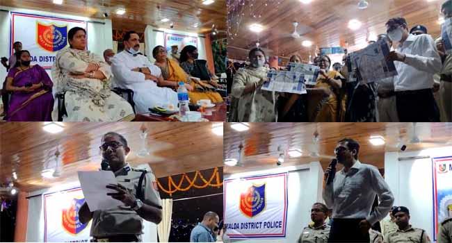 দর্শনার্থীদের সুবিধার্থে পূজা গাইড ম্যাপ এর আনুষ্ঠানিক উদ্বোধন মালদা জেলা পুলিশের উদ্যোগে