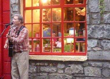 Busker in Galway City, Wild Atlantic Way Road Trip West Coast of Ireland