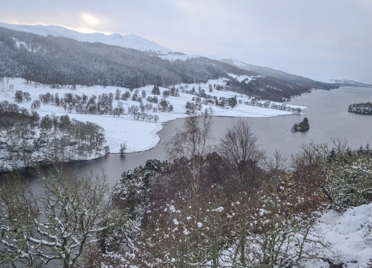 Snowy Viewpoints, Scotland Road Trip in Scottish Highlands in Winter Snow