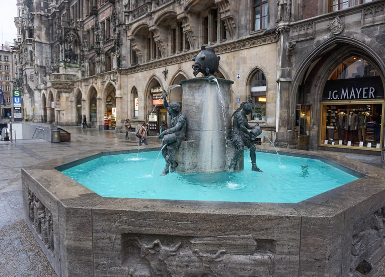 Fish's Fountain, Marienplatz Munich, Train Travel on Interrail in Winter in Europe
