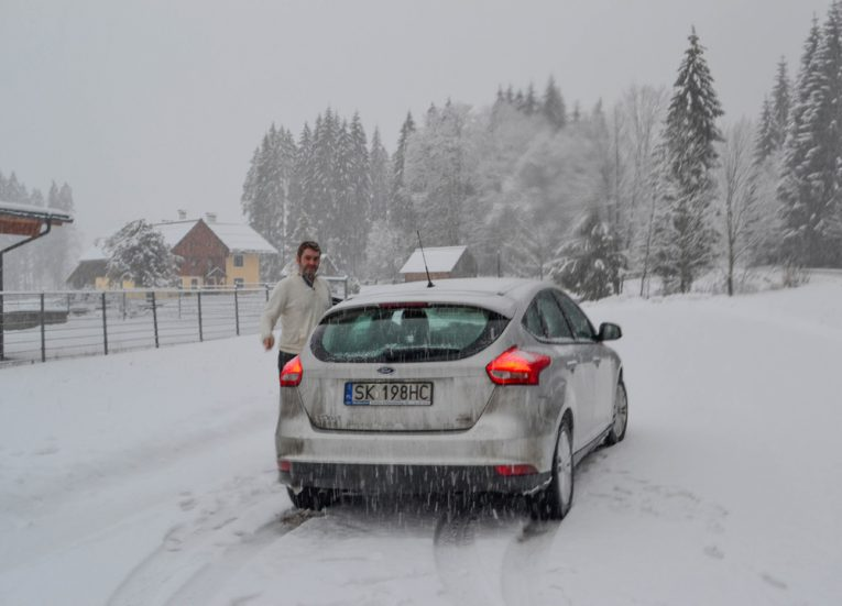 Driving-in-Austria-Alps-Snow-Winter-Road-Trip-in-East-Central-Europe