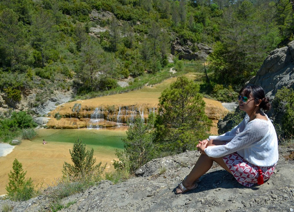 Canyons, rivers lakes and waterfalls in Spanish Pyrenees Road Trip