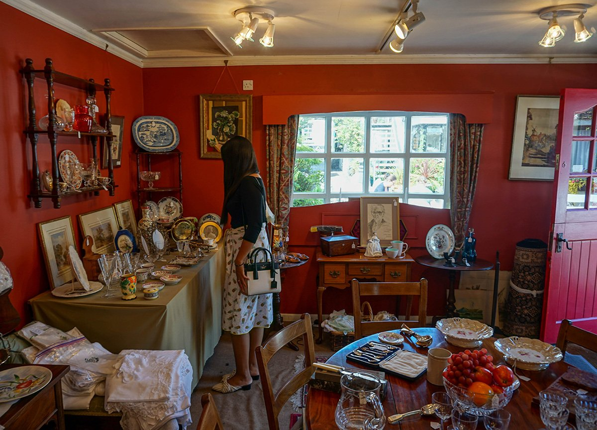 Traditonal Antique Stores in Greyabbey Co.Down Northern Ireland