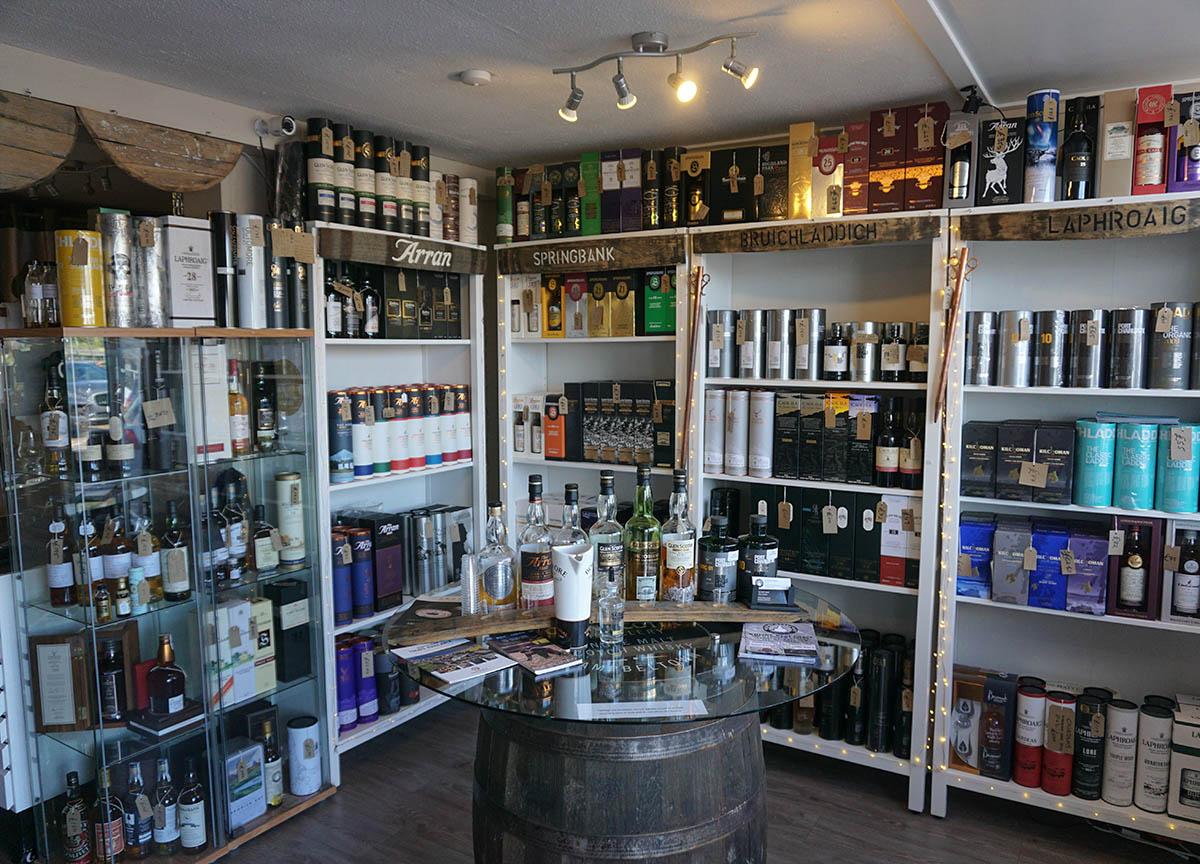Whisky West Coast Whisky Shop in Tarbert Loch Fyne in Scotland