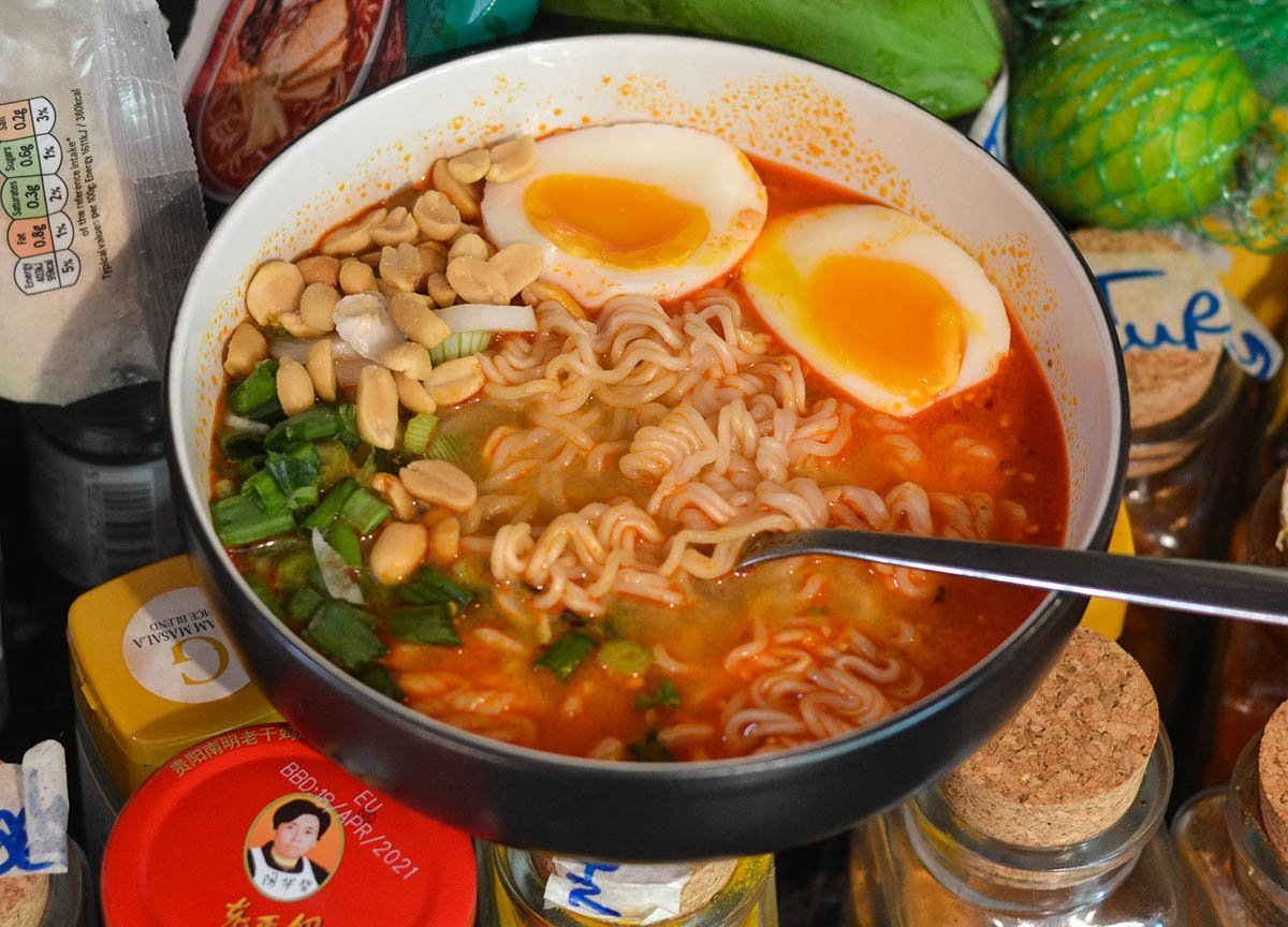 Nissin Demae Extra Hot Tonkotsu Instant Ramen Noodles Spicy Instant Noodles Asian Supermarket
