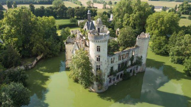 dvorac-e1512569644844.jpg