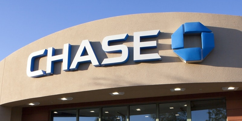 """Typically, debit cards that are used as """"credit"""" How To Request A Replacement Chase Debit Card Bank Checking Savings"""