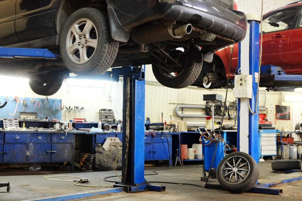 Garage insurance garagekeepers liability coverage. Interior of an auto repair garage.