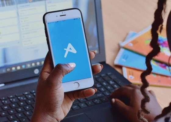 afriex-send-money-nigeria-banknaija-head-phone
