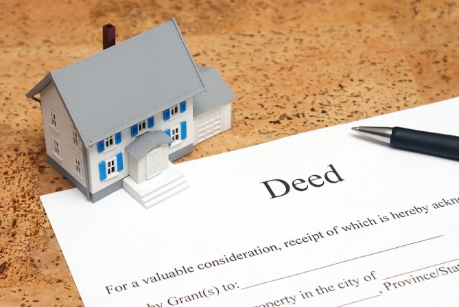 How Do I Transfer Real Estate in a Probate?