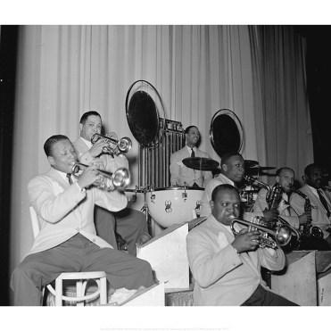 Barney Bigard, Ben Webster, Otto Hardwick, Harry Carney, Rex Stewart, Sonny Greer, Wallace Jones, Ray Nance ©William P.Gottlieb