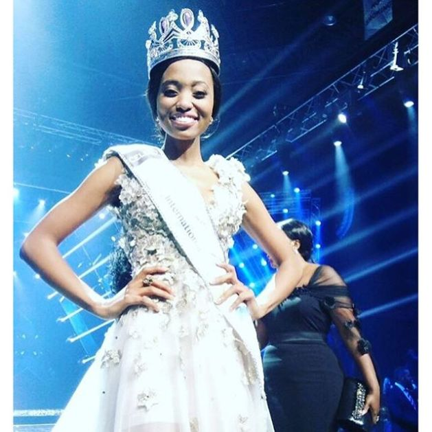 The-newly-crowned-Miss-South-Africa-2016-Ntandoyenkosi-Kunene-who-will-represent-South-Africa-at-Miss-Universe-2016-