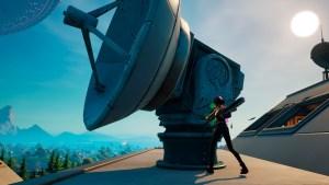 Destroza estaciones de satélites en Fortnite