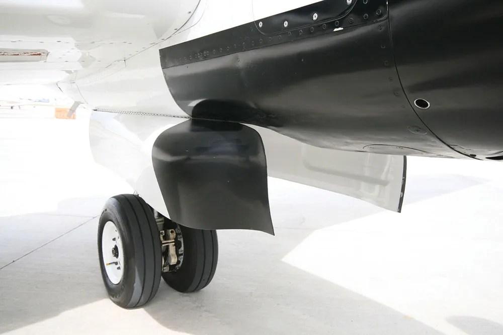 Raisbeck high flotation gear doors