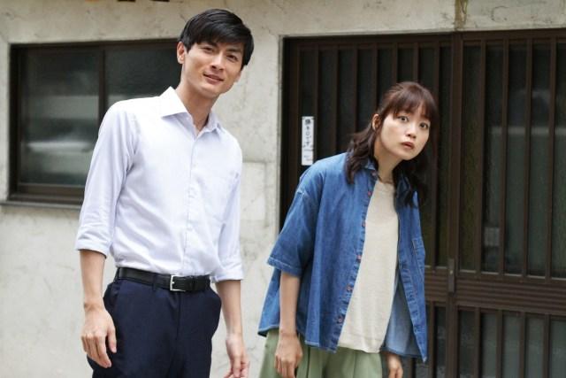 映画『おもいで写眞』の深川麻衣さんと高良健吾さん